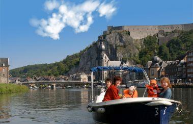 <p>Dinant Evasion: Bateaux sans permis</p>-Location de bateaux bis Provinz Namur