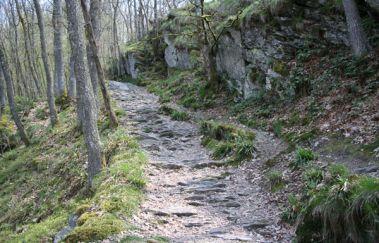 Balade pédestre: Hérou-Promenades pédestres balisées bis Provinz Luxemburg