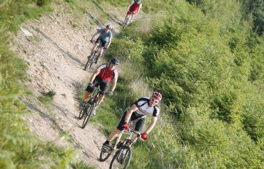 Ardennes Cycling-Location VTT bis Provinz Lüttich