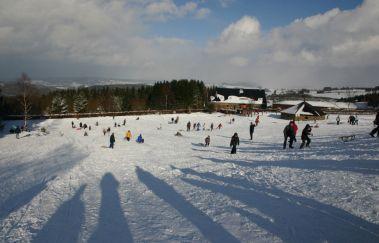 Skipisten von der Baraque Fraiture-Ski de fond bis Provinz Luxemburg