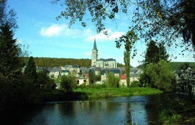 Viroinval-Ville bis Provinz Namur